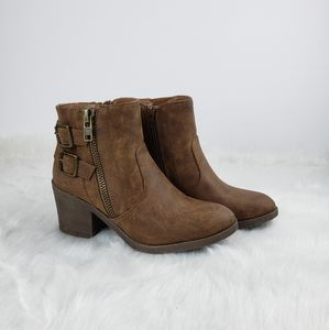Bamboo | Brown Faux Leather Booties Womens 6.5